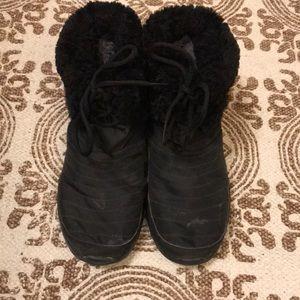 Nike Shoes - Nike Fleece booties size 7